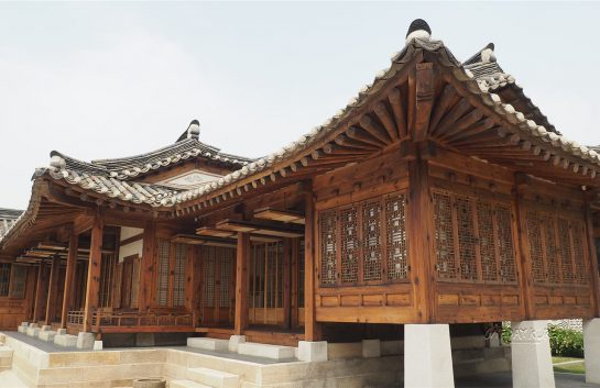 10 reasons to visit south korea